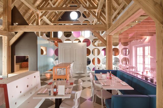 Restaurant-Interieur-Design-tjep