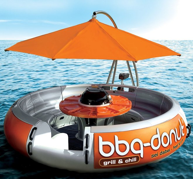 BBQ-Donut-Boat-Floating-Party-and-Grill-Camping gasgrill