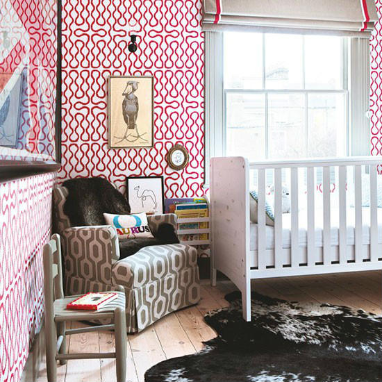 baby zimmer mit hellen motiven kinderzimmer deko aequivalere. Black Bedroom Furniture Sets. Home Design Ideas