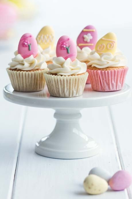 Easter cupcakes on a cake stand