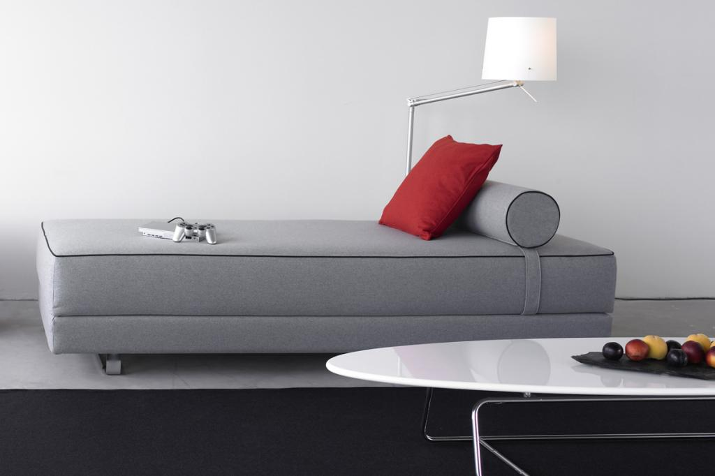 daybed chaiselongue und liege designer sofa aequivalere. Black Bedroom Furniture Sets. Home Design Ideas