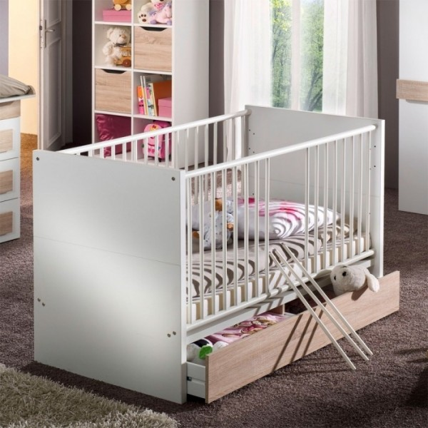 babyzimmer komplett im set aequivalere. Black Bedroom Furniture Sets. Home Design Ideas