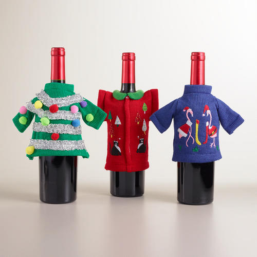 495783_A3_UGLY_SWEATER_BOTTLE_OUTFIT