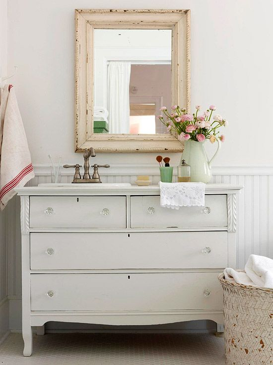 kommode vintage look aequivalere shabby chic bathroom decorating ideas lovely and