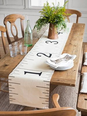 Lineal-Tabelle-tischdecke