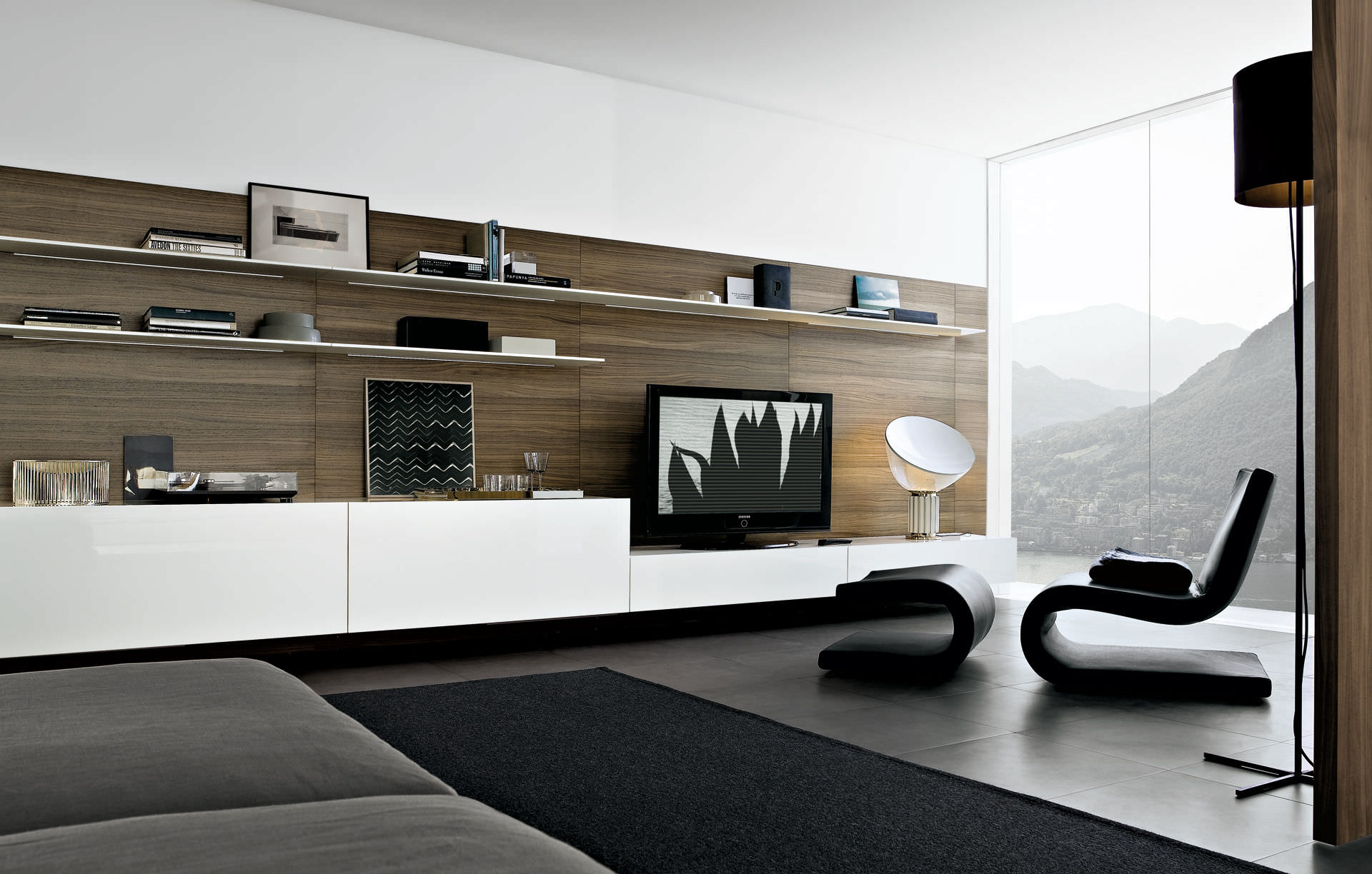 wohnw nde weiss hochglanz m bel aequivalere. Black Bedroom Furniture Sets. Home Design Ideas
